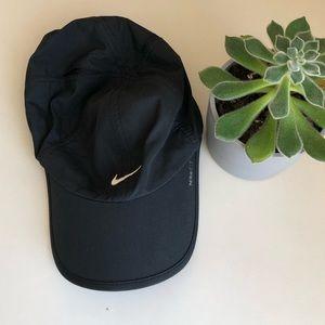 Black Nike running hat